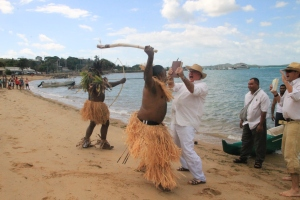 Federal MP Warren Entsch and Leo Akee re-act the landing on TI 2013